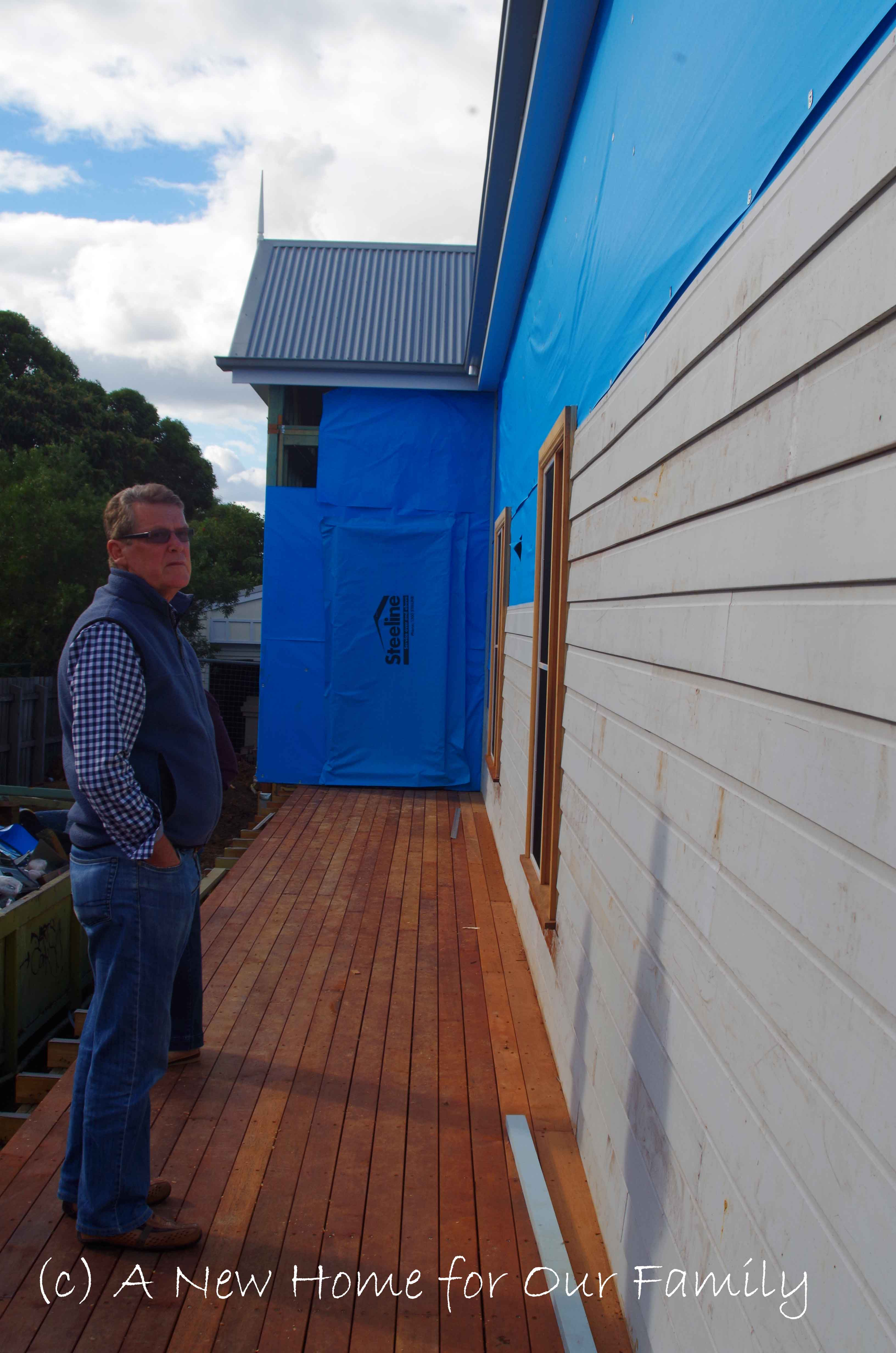 Cladding along the verandah side