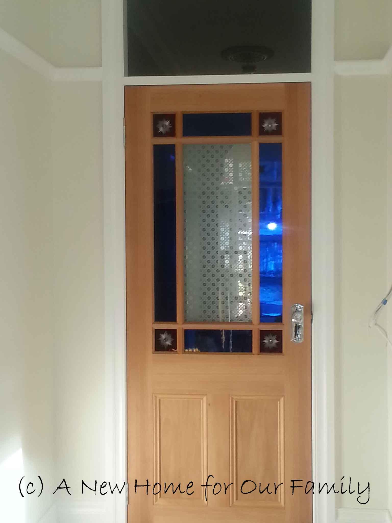 Vestibule Door hung